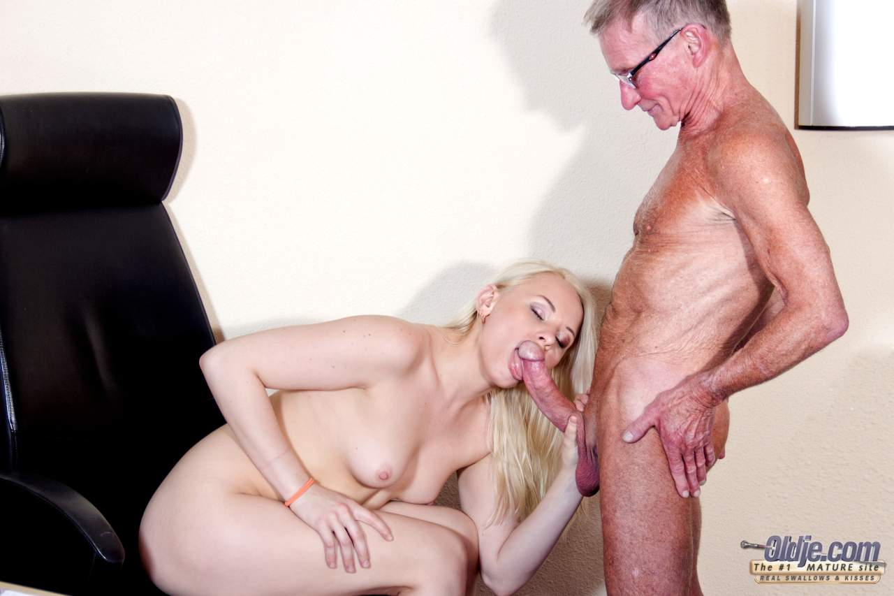 Lola taylor hot gangbang ass fucked and dp 10