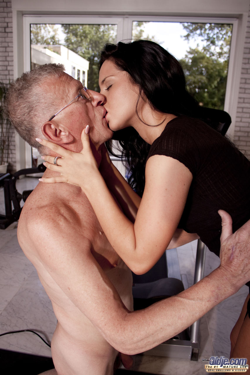 old guy fucking young brunette