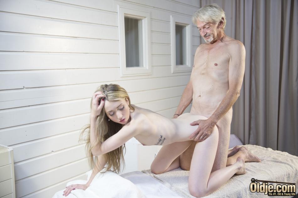 Fucking the oldest women